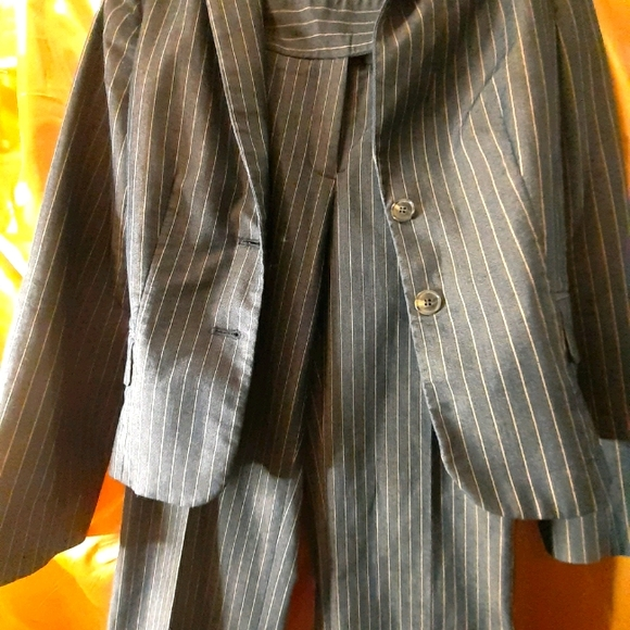 Two Piece Striped Jenneth Cole Suit